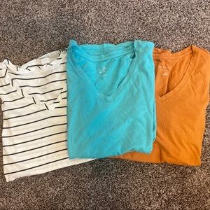 Set of 3 maternity tops